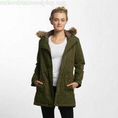 Women Winter Jacket Hooded in green i4TmF3lF