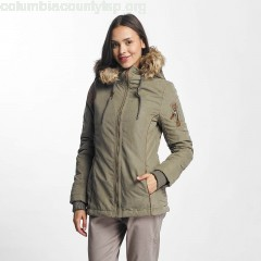Women Winter Jacket Oliana in olive 8llzQ6xv