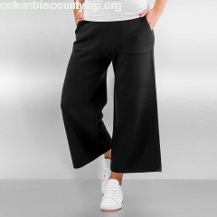 Women Chino pcDorthea Culotte in black zY9Fyjus