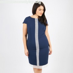 Bodycon dress with embroidered detail, blue, Lovedrobe   LUOp4qoA