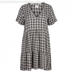 Short-sleeved checked midi flared dress, black, Zizzi   S1v00Tz5