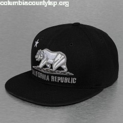 Fitted Cap California in black y62lumXV
