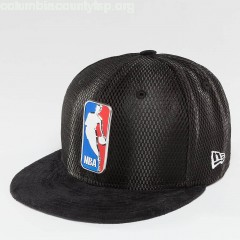 Fitted Cap NBA 17 On Court Logo in black 9lyhpWZ8