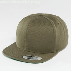 Snapback Cap Classic in olive OWw3IkOH